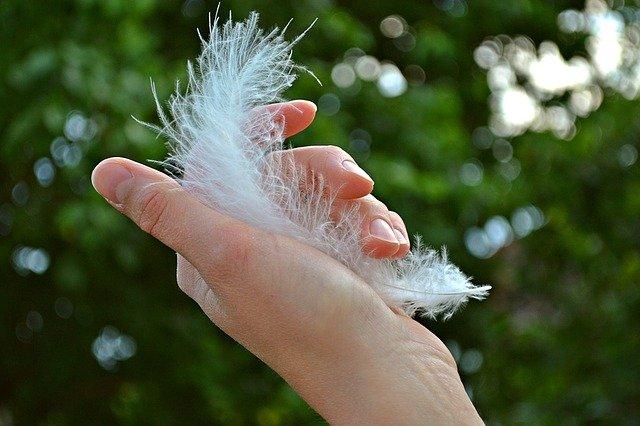 Read more about the article Préserver vos ongles des ravages de l'été